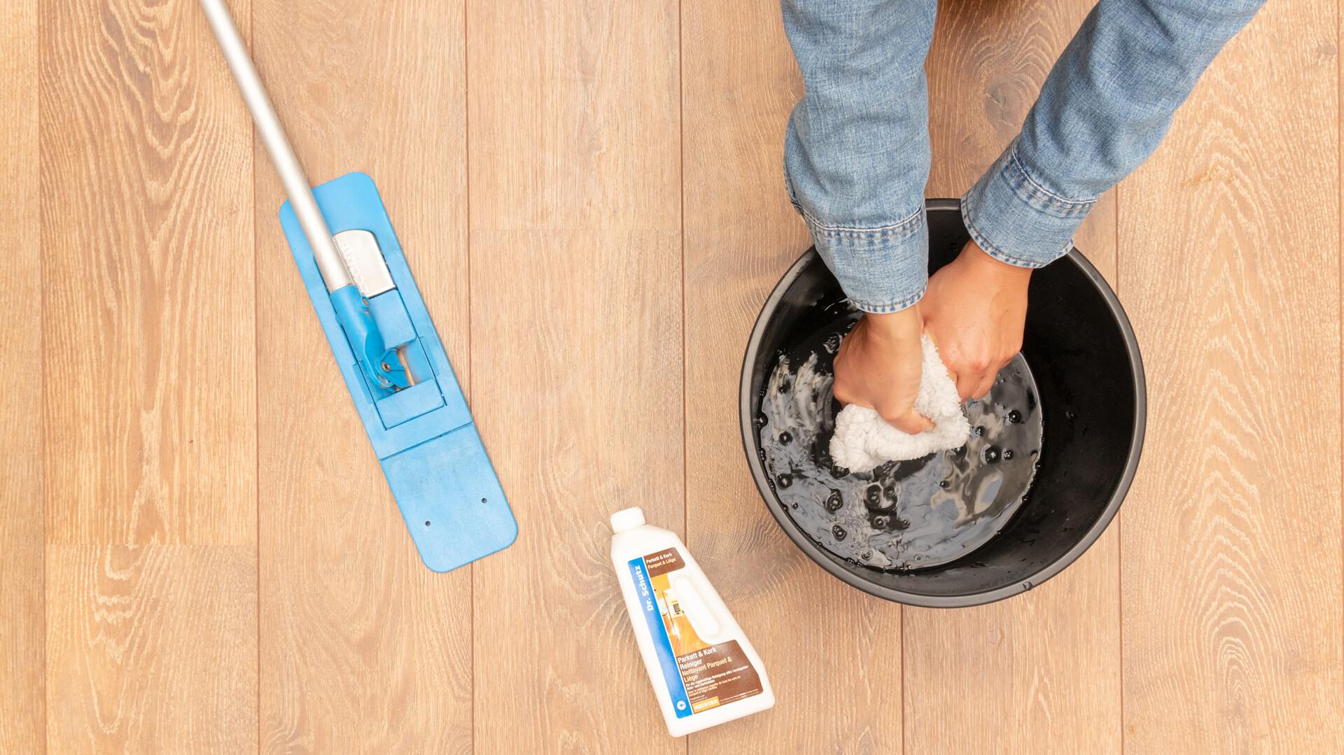 Nettoyage et entretien de parquet et de sol en bois Lindura