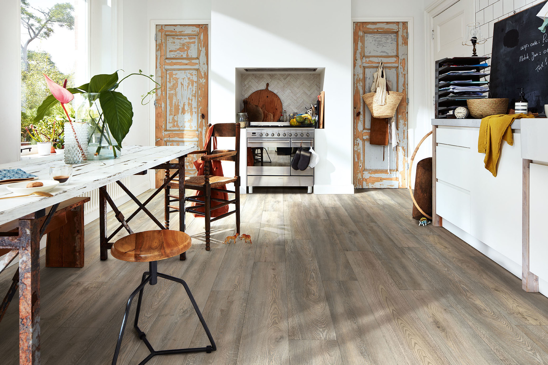 Flooring for kitchen and bathroom - Inspiration