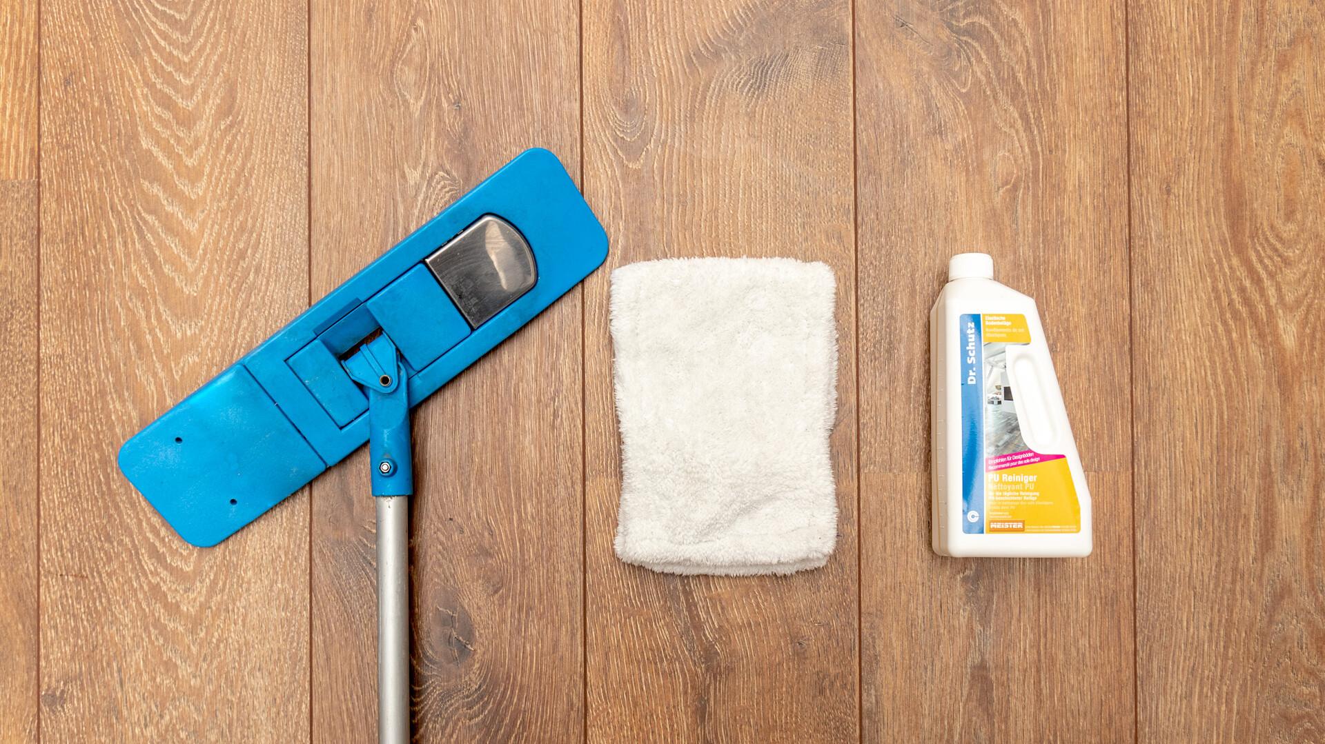 Maintaining laminate flooring
